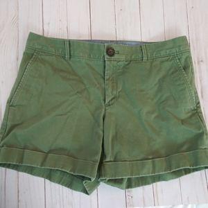 🎈Banana Republic Green Chino Shorts